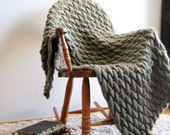 Green Knit Blanket Wool Chunky Knitted Blanket Afghan Throw Blanket Bulky Housewarming Gift Wedding Gift For Couple Cable Knit Hygge Blanket