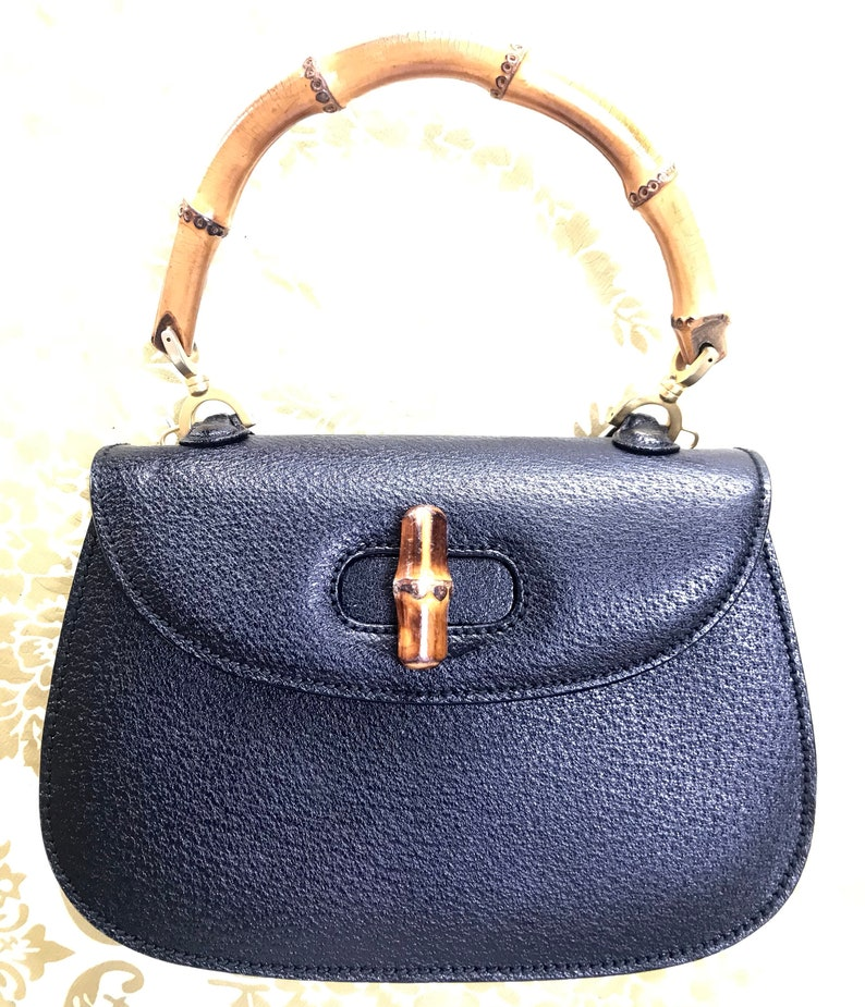 691c6770b97 Vintage Gucci genuine pigskin black handbag purse with bamboo handle ...