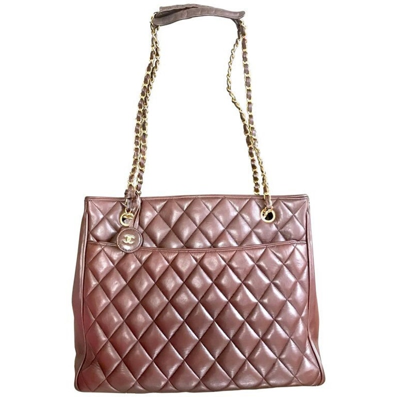 0a18d490bcbd3 Vintage CHANEL brown quilted lamb leather classic tote bag
