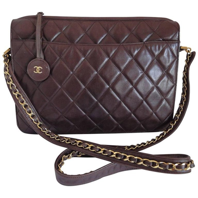 80 s vintage Chanel dark brown quilted lambskin shoulder  d0b17ca3edb84
