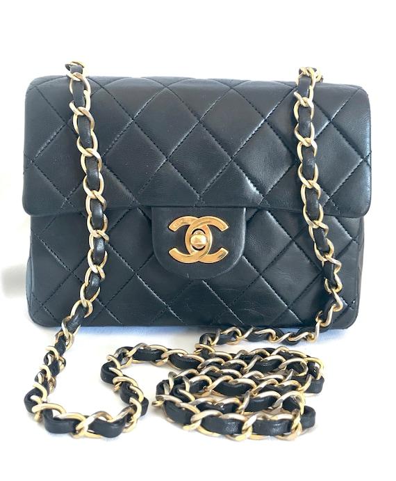 9730d4e27c03 Vintage CHANEL black lamb leather flap chain shoulder bag   Etsy