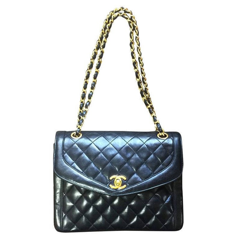 4b29261ad137 Vintage Chanel black lambskin rare double chain 2.55 shoulder