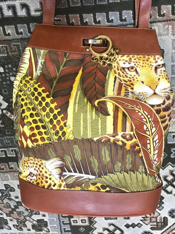 fcdd63987c13 Vintage Salvatore Ferragamo leopard in safari jungle print