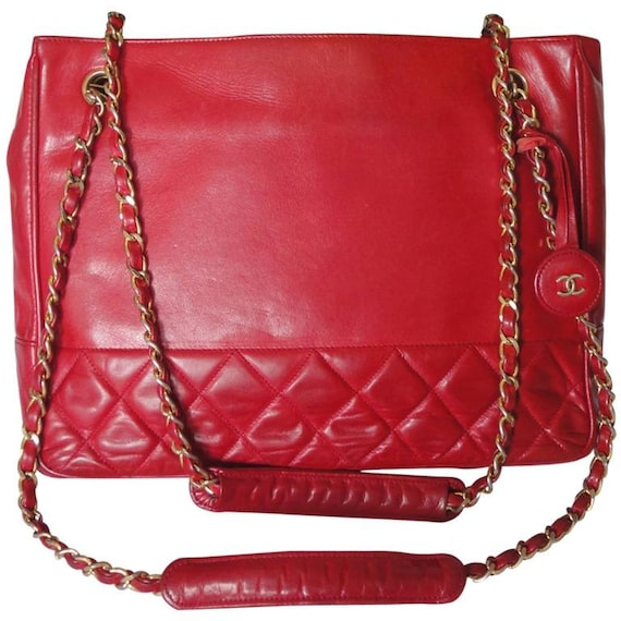 a12012d77890 Vintage CHANEL red calfskin classic shoulder tote bag with