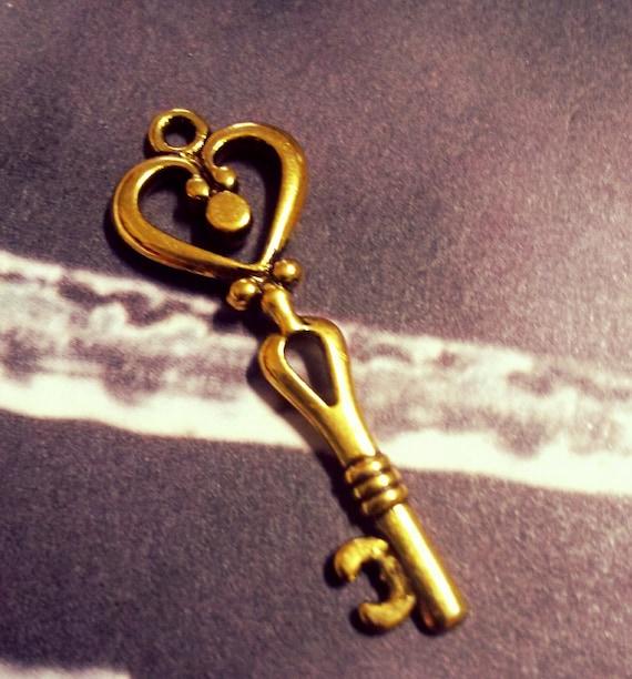 4 große Schlüssel antik Bronze