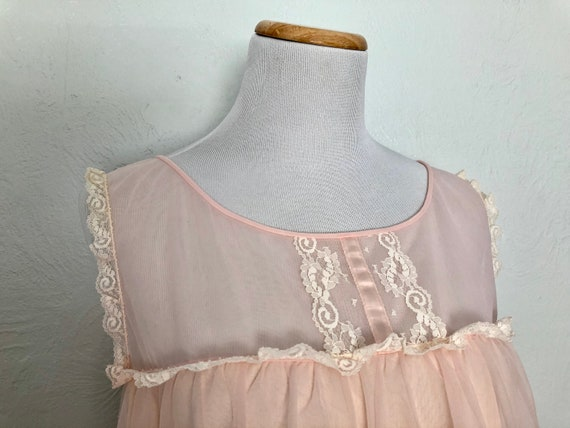 1970s Vanity Fair nightgown / size L