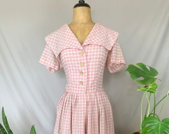 1950s Pink & White Gingham Dress, Fifties Checkered Fit and Flare, Dress with Fitted Waist, Pleated Skirt, Dress w/ Sailor Collar, Buttons