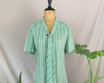 1970s Henry Lee Dress, Seventies Green & White Shift, Dress w/ Scarf, Pinstripe Shift, Vintage Polyester Dress, Pussybow Dress, Size Large