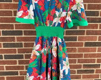 1980s Hawaiian Floral Dress, Eighties Jo Hardin Dress, Cotton Vacation Dress, Flutter Sleeve, Hourglass Silhouette, Bright Colors, Summer