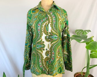 1970s Green Paisley Blouse, Seventies Medallion Print Button Up, Dorothy's Utica Square Tulsa, Mandala Pattern, Green Yellow Blue Red