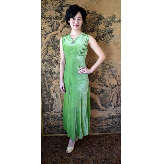Vintage 1930s Dress Arsenic Green Velvet Chartreus
