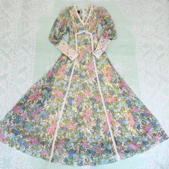 Vintage 1970s Gunne Sax Dress Black Label Floral W
