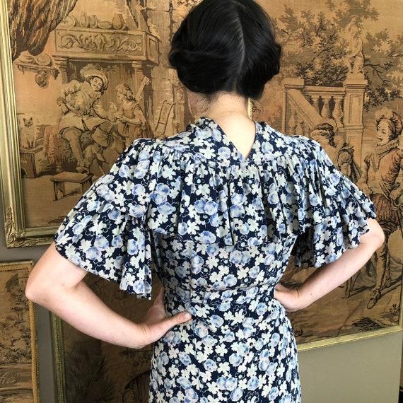Vintage 1930s Dress Floral Ruffled Silk Day Dress… - image 9