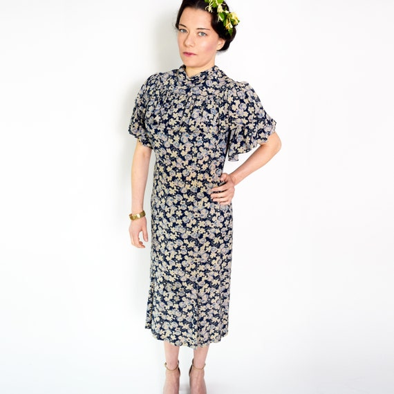 Vintage 1930s Dress Floral Ruffled Silk Day Dress… - image 5