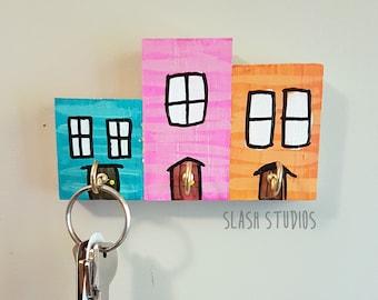 Jelly Bean Row 3 House Newfoundland Wooden Key Holder Rack