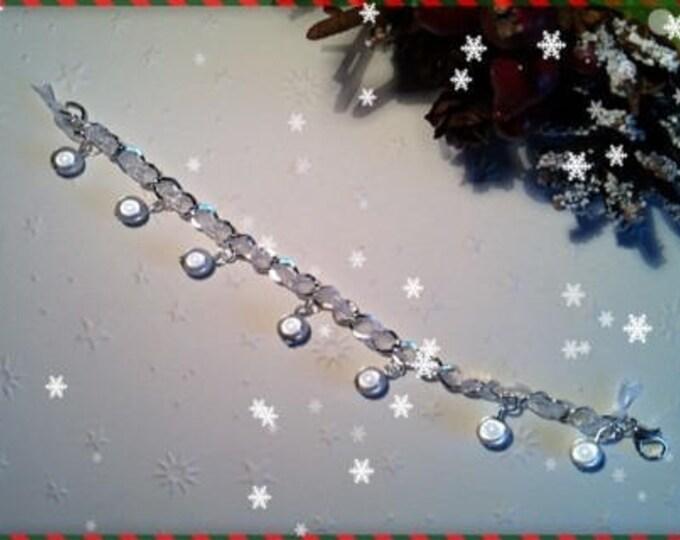 REF 117 white beaded charm bracelet