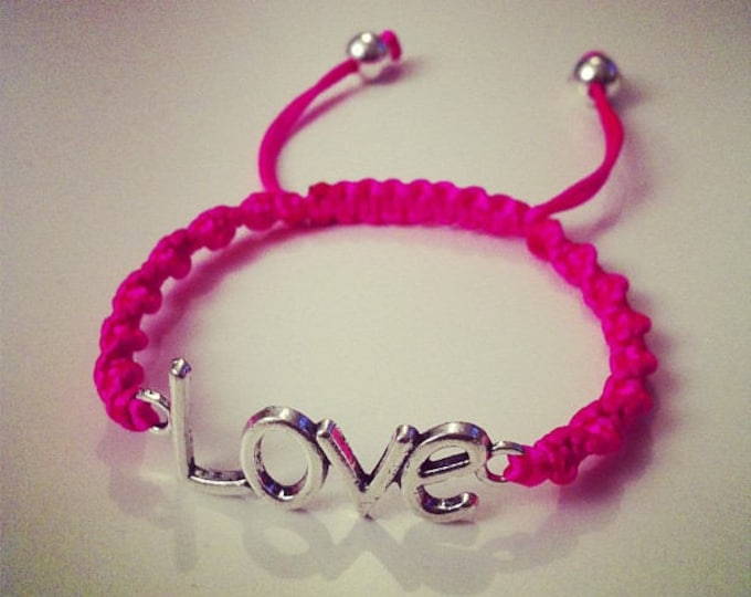 Twisted LOVE Shamballa bracelet