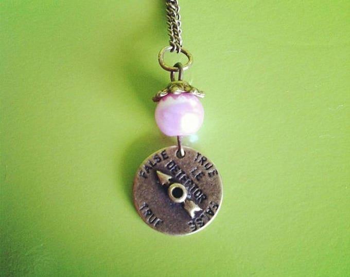 Lie detector brass chain necklace pink