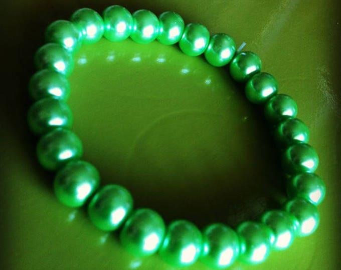 Bracelet green beads