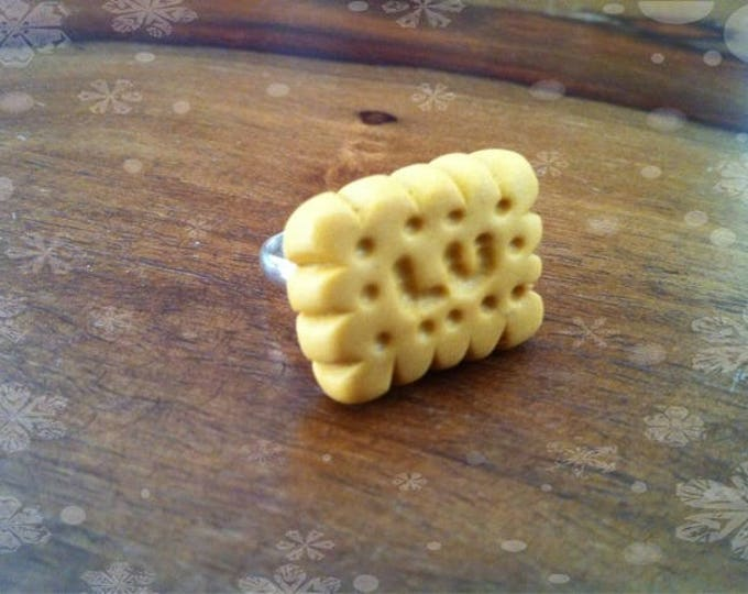 Small rectangle butter ring cookie read