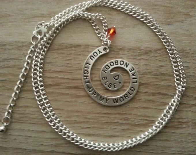 Collier sautoir One Direction  spirale en métal argenté