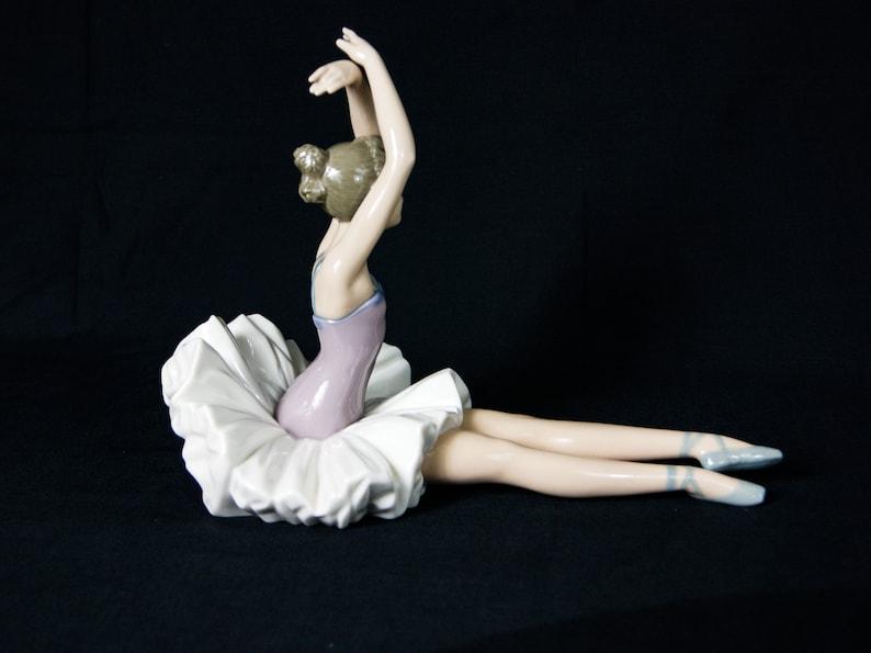 Large Nao Lladro Ballerina Spain, Elegant Porcelain Figurine Sculpture of a  Dancer in Sitting position
