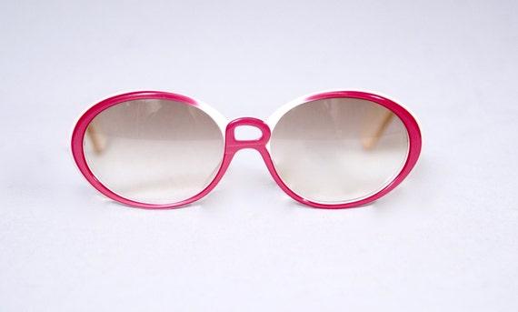 ROBERTA DI CAMERINO Sunglasses,