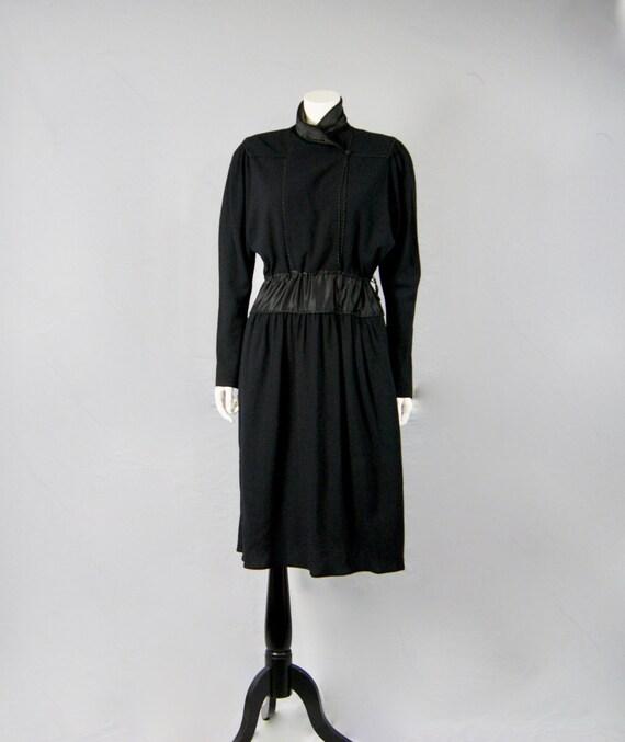 London Crepe JANICE Cordage Moss Tuxedo Satin amp; 1970s UK14 Trimmed US12 WAINWRIGHT Dress Vintage 5q8qaH