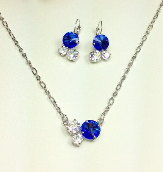 Swarovski Crystal 12MM/8.5mm/6mm Necklace - Sapphire and White Patina    Petite & Feminine Cluster Pendant Designer Inspired - FREE SHIPPING