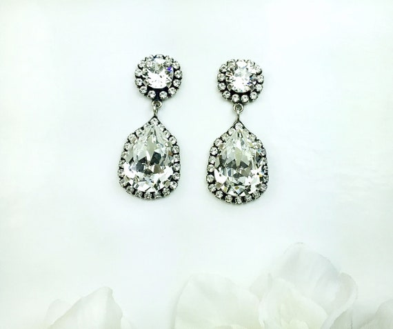 Swarovski Crystal - Bridal Earrings - 18x13mm Pear Cut & 39ss Crystals with Crystal Halo- Stunning - Designer Inspired - FREE SHIPPING