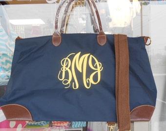 Weekender Navy Tote Bag Monogram Font Shown MASTER CIRCLE in yellow