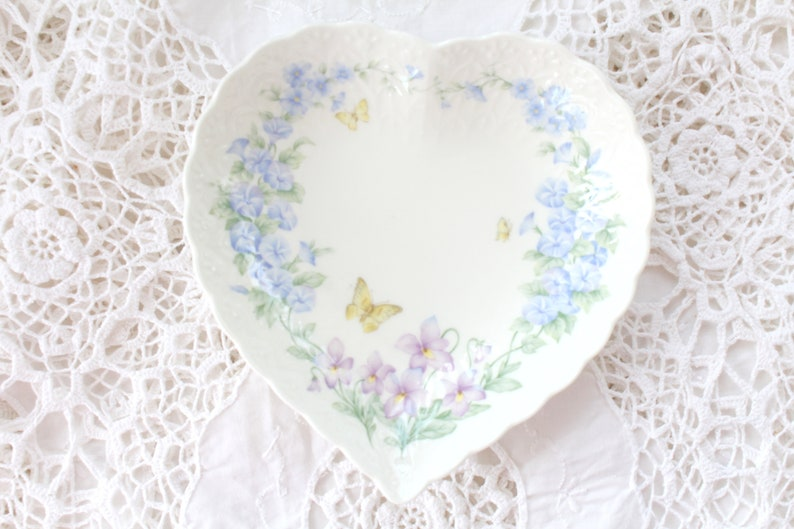 ST. VALENTINE'S DAY Gift Heart Shape Dish by Mikasa image 0