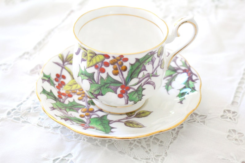 CHRISTMAS TEACUP & SAUCER by Royal Albert Flower of the Month image 0