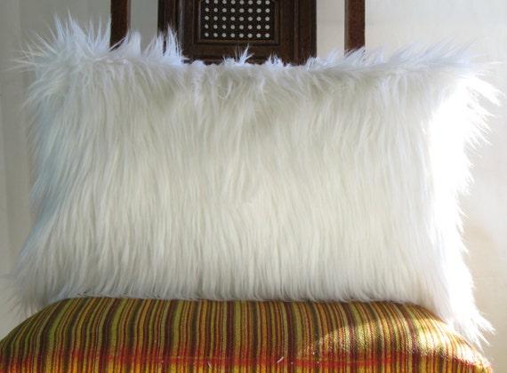 Kussen Wit 12 : Wit bont kussen omvat 12 x 20 decoratieve witte vacht witte etsy