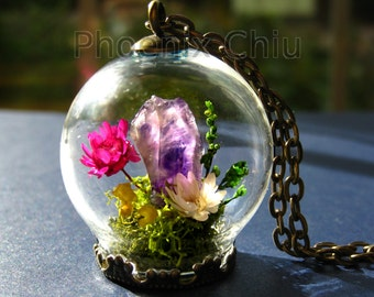 Raw Amethyst pendant Daisy Crystal  Miniature Terrarium necklace Miniature garden Real flower necklace Gemstone February birthstone necklace