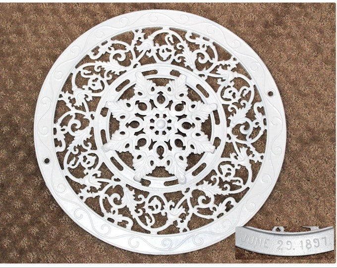 Antique Cast Iron, Snowflake Pattern, Industrial Cast Iron, 1897 Victorian Heat Grate