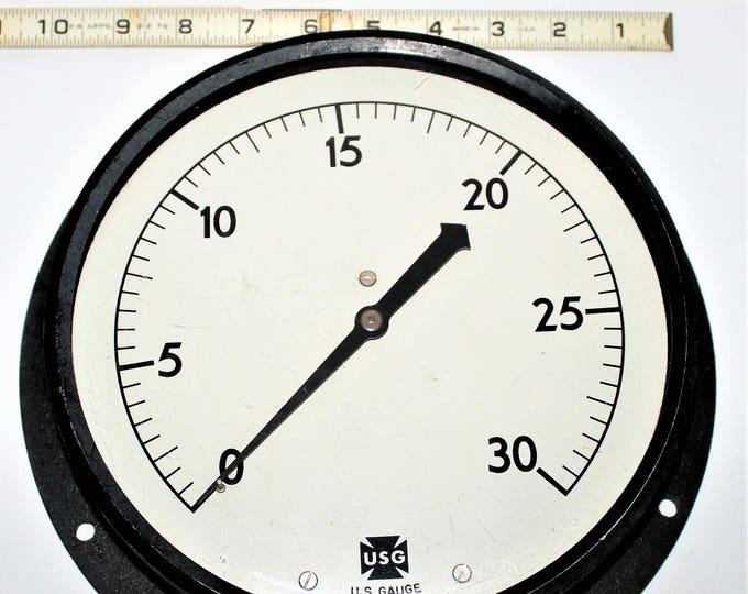 Large Vintage US Gauge Company 30 pound Pressure Gauge, Perfect Industrial Décor Piece