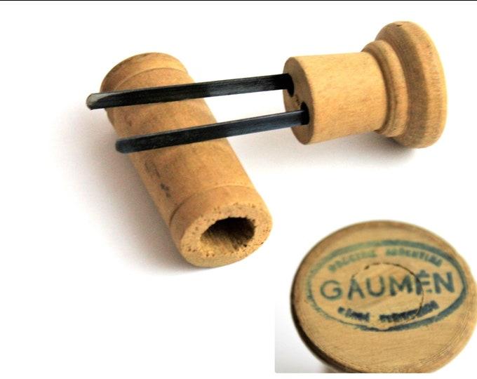 Vintage Corkscrew, Industrial Argentina Wooden Gaumen Prong Puller, Cork Remover, Cork Puller, Wine Bottle Opener
