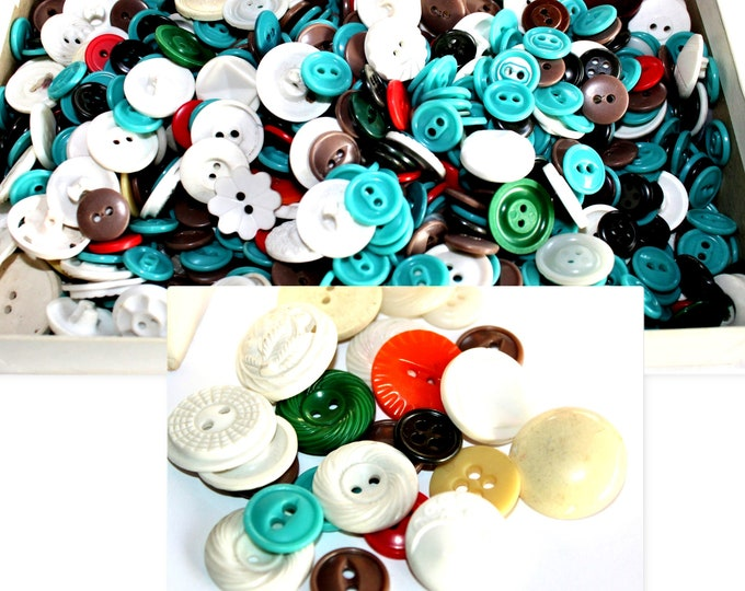 """Vintage 3/8"""" to 7/8"""" Mixed Colors Buttons, Housedress Buttons"""