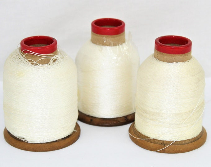 Craft Room Décor / Industrial Thread / Thread Spools / Vintage Thread Spool / Vintage Sewing