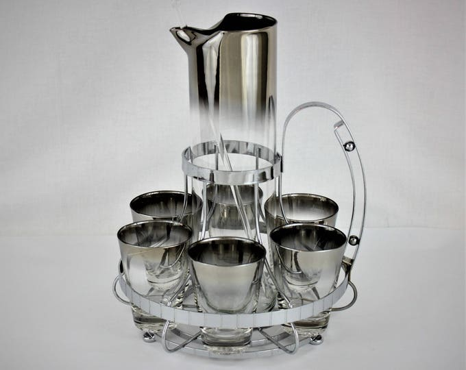 1960s Vitreon Queen's Lusterware, ltd. Silver Fade or Ombre Glass Barware Set with Caddy