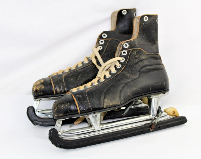 Vintage Skates, Canadian CCM Hockey Skates, Christmas Decor