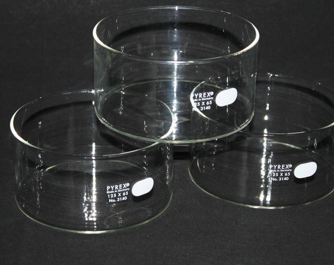 Laboratory Glassware, Pyrex Crystallizing Dish 125x65 PN 3140 Made in Germany