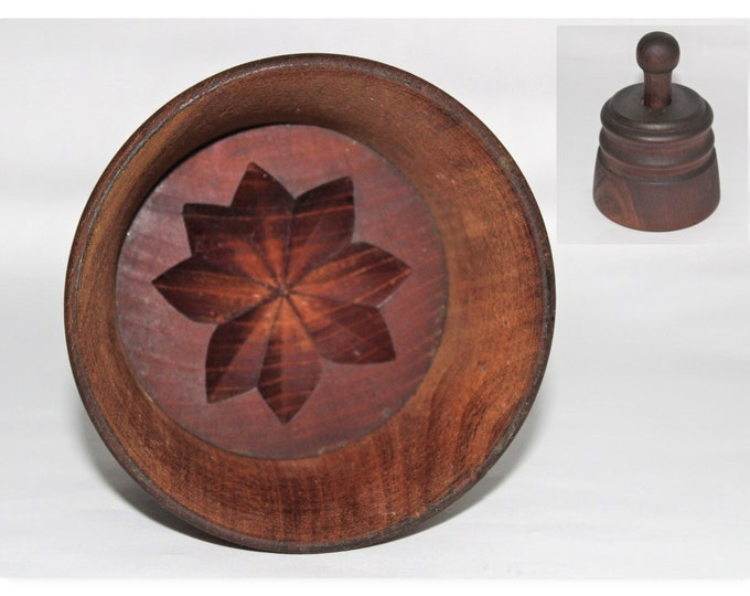 Primitive Wooden Butter Press Mold with Flower Petal Pattern Design