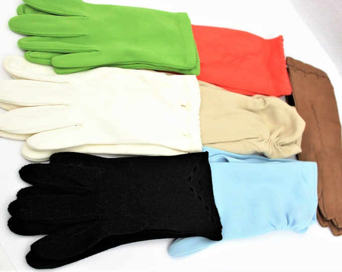 7 Pair Vintage Mid-Century Ladies/Girls Gloves Size Small and Medium