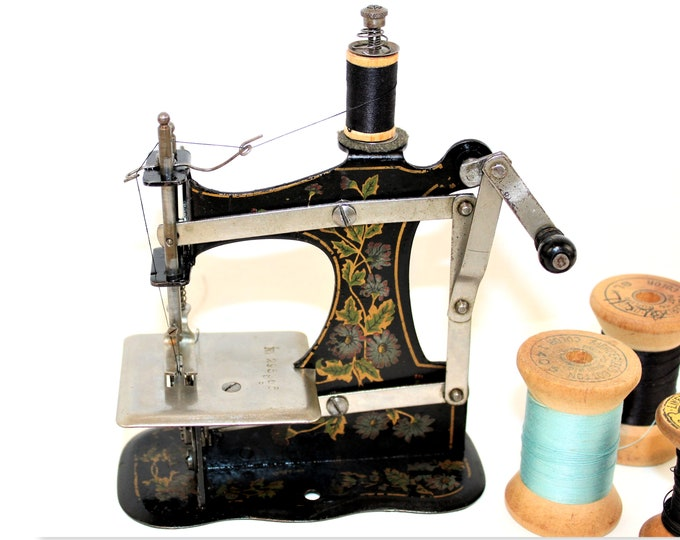 Antique Toy Sewing Machine, Muller Model 1B, Hand Crank Sewing Machine