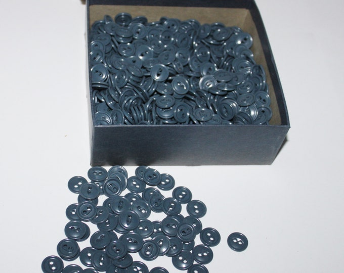 Vintage 1940s Buttons, Bulk Buttons, Grey Buttons, Automatic Button Co. Muscatine, IA.
