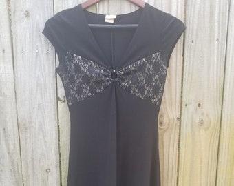 S M Small Medium Vintage Black 90s Grunge Revival Gothic Sexy Minimalism lace Illusion keyhole Sleeveless Sexy midi lbd alternative Dress