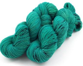 Grass - Pot O'Gold 2018 Hand Dyed Semi Solid Speckled Sock Yarn - SW 75/25 - Superwash Merino Nylon - 400 yards - Dauphine