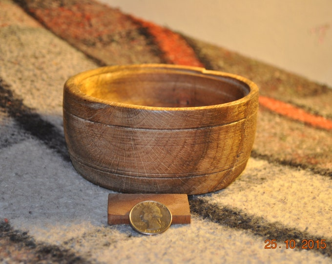 ALL Natural OAK Bowls 4-7inches Round X 3-5inches High X 1-3 Inches Deep